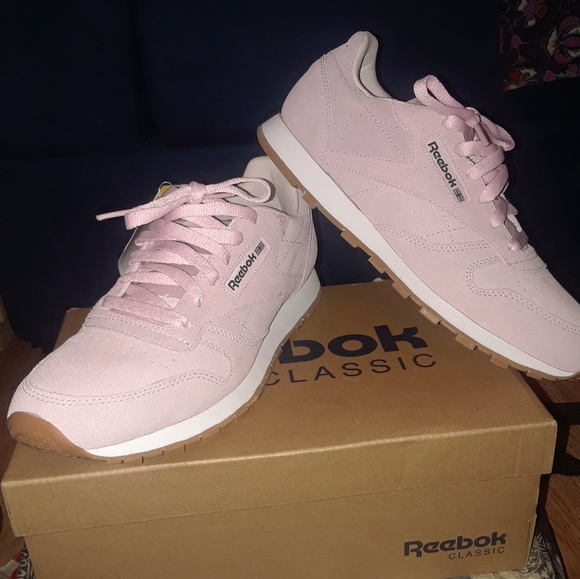 Reebok Shoes   Pink Suede Classic